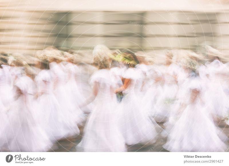 Mädchen in weißen Kleidern im Sommer Reichtum elegant Stil Design Glück schön Winter Garten Dekoration & Verzierung Feste & Feiern Hochzeit Frau Erwachsene Paar