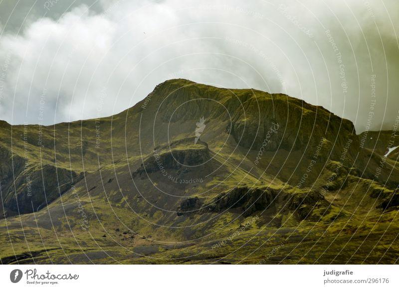 Island Himmel Natur grün Landschaft Wolken Umwelt Berge u. Gebirge natürlich Felsen Stimmung wild Klima Urelemente Hügel Island