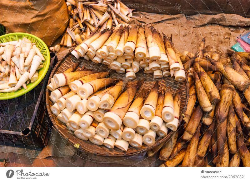 Bambusschüsse auf dem Markt Frucht kaufen Ferien & Urlaub & Reisen Garten Menschengruppe Kultur Natur Pflanze Blatt Straße Holz frisch natürlich grün Farbe