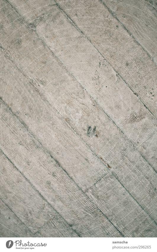 Betondecke Renovieren Kleinstadt Stadt Haus Bauwerk Gebäude Architektur Mauer Wand Fassade kalt Betonplatte Betonwand Betonmauer betonieren betoniert Betonboden