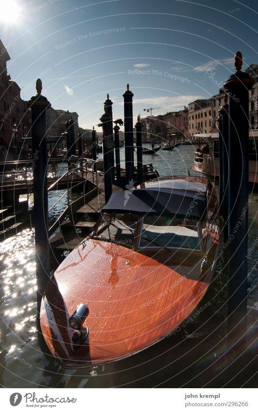 fenedigs flotter flitzer Venedig Italien Hafenstadt Altstadt Sehenswürdigkeit Verkehr Schifffahrt Bootsfahrt Jacht Motorboot Kanal Schwimmen & Baden Coolness