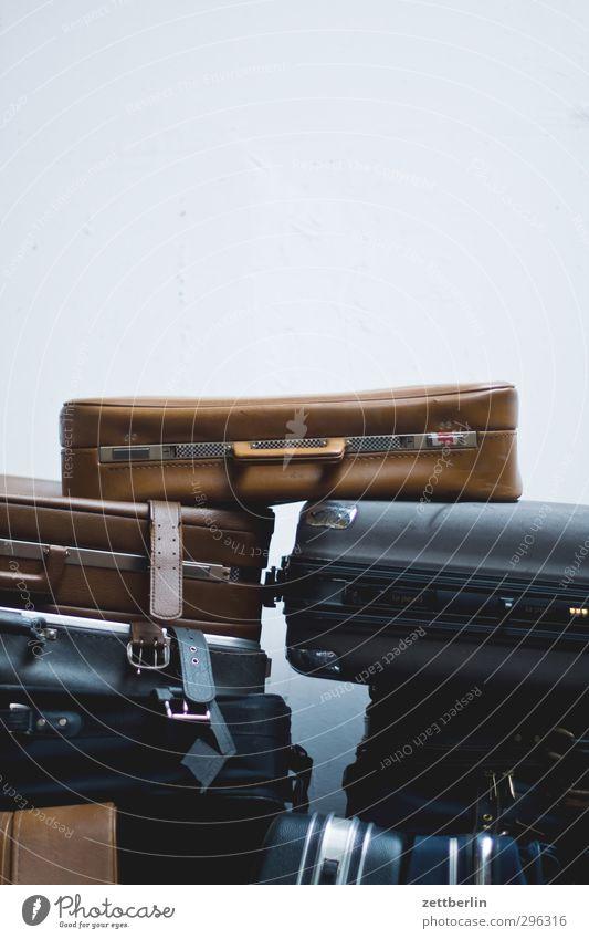 Koffer Lifestyle kaufen Stil Freizeit & Hobby Ferien & Urlaub & Reisen Tourismus Ausflug Abenteuer Stadt Verpackung Kasten Sammlung verkaufen alt Antiquität