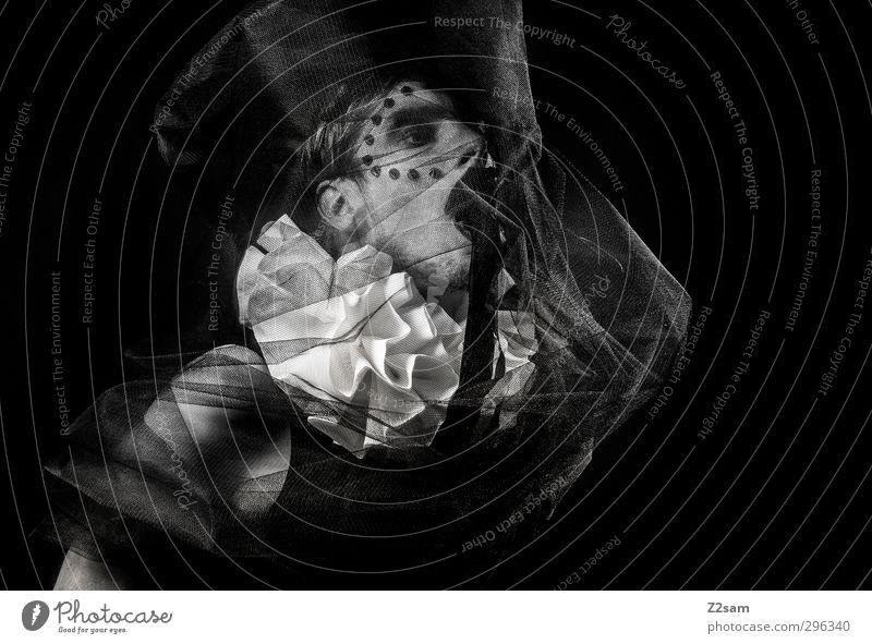 harlekin elegant Stil Mensch maskulin Junger Mann Jugendliche 30-45 Jahre Erwachsene Skulptur Stoff träumen Traurigkeit dunkel gruselig schwarz weiß verstört
