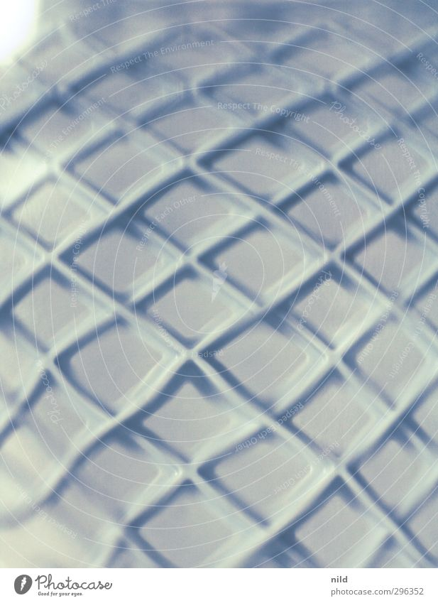 Verbogene Struktur Kunst Glas Kunststoff Raute blau grau Unschärfe Traumwelt Strukturen & Formen Biegung Farbfoto Innenaufnahme Studioaufnahme