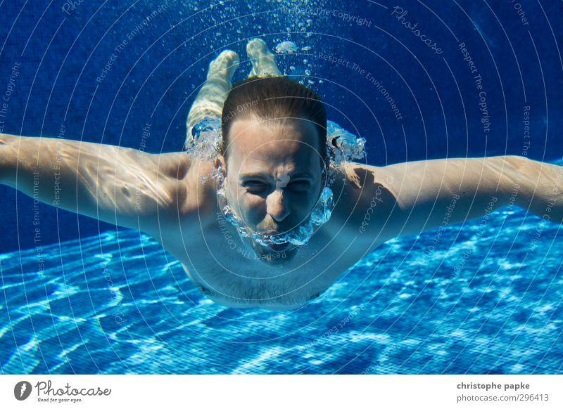atemlos Ferien & Urlaub & Reisen Wasser Sommer Erholung Sport Schwimmen & Baden Wellness Schwimmbad sportlich Wohlgefühl tauchen Sommerurlaub frieren atmen Sportler Wassersport
