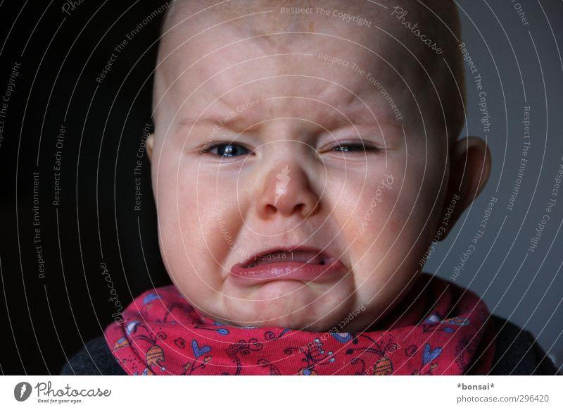 maulig Mensch Kind schön feminin Gefühle Traurigkeit klein Kindheit Baby Schutz Kleinkind Schmerz schreien Fürsorge weinen Frustration