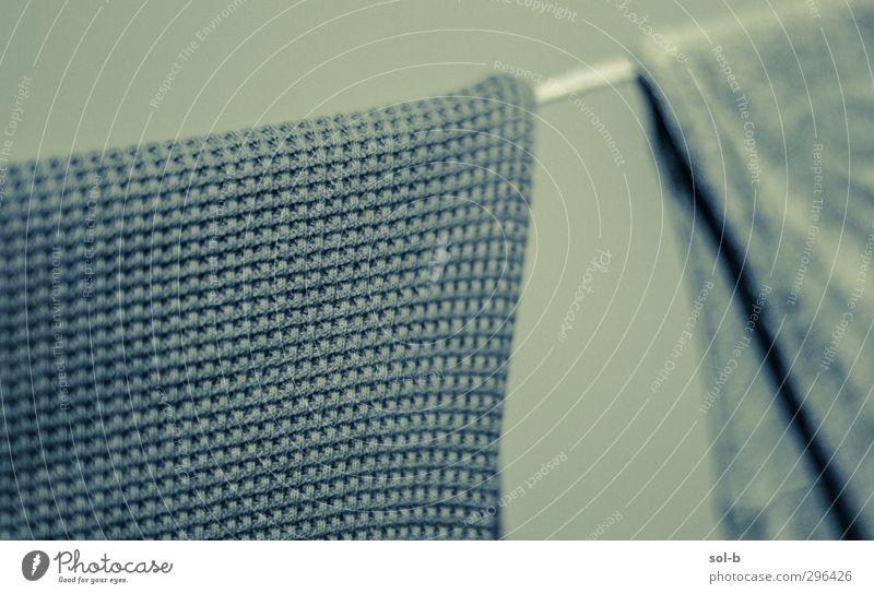 Trocken Häusliches Leben Bekleidung Stoff einfach frisch trist trocken blau grün Stimmung Müdigkeit Konsistenz Textilien Wäsche waschen Wäscheleine Stofffaser