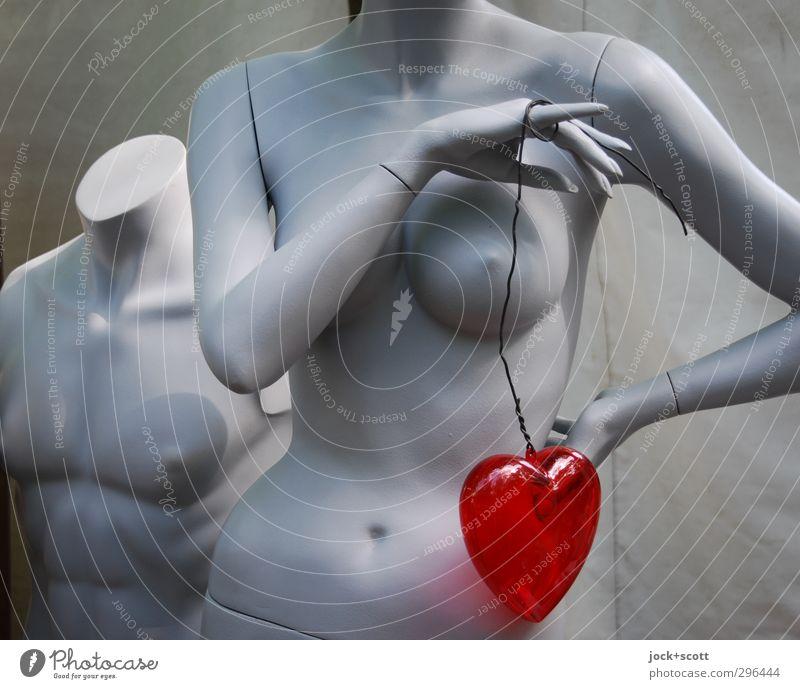 Her·zen nackt schön rot Erotik Liebe feminin grau Glück Zusammensein maskulin stehen Herz Zeichen Kitsch Kunststoff dünn