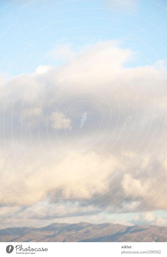 blau schön weiß ruhig Wolken Freude kalt Berge u. Gebirge natürlich Gesundheit träumen wild Luft leuchten frisch frei
