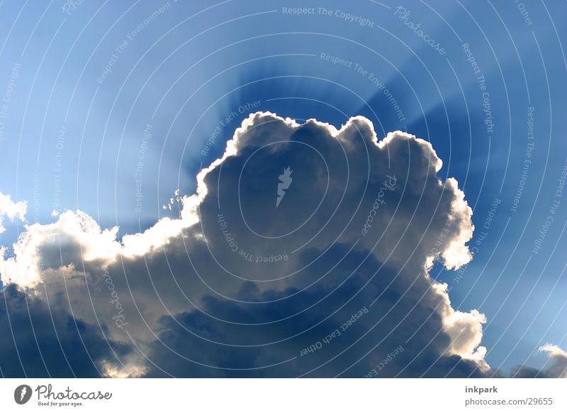 Sonnenklau Sonne blau Wolken Lampe Kumulus