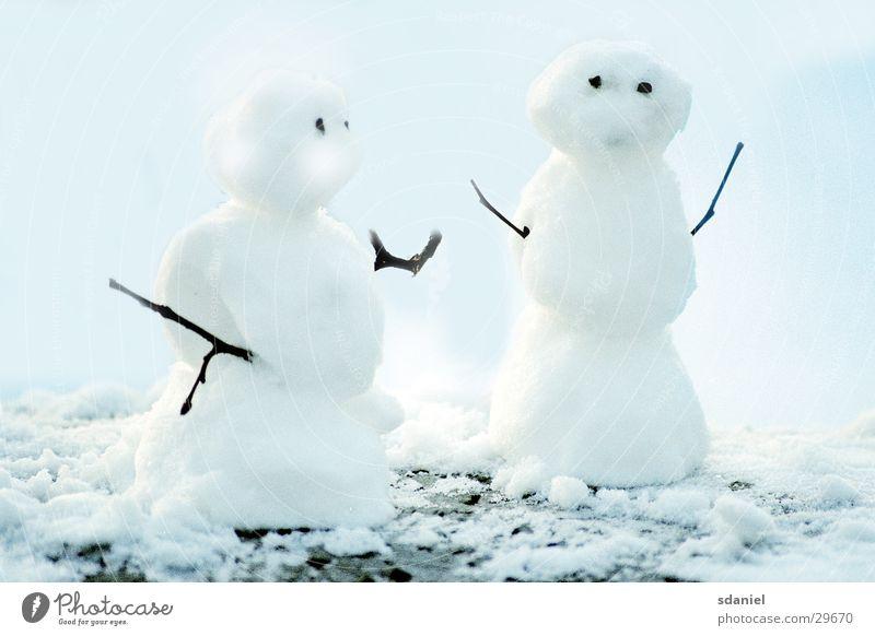 Schneepärchen Winter Schneelandschaft Schneemann Schneebälle