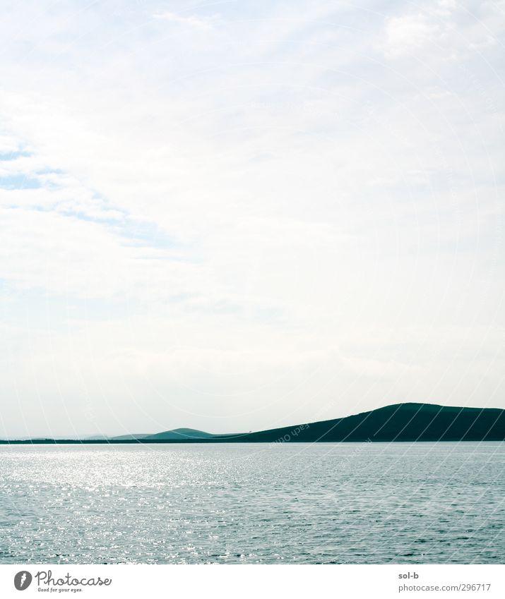 Himmel Natur blau Ferien & Urlaub & Reisen schön Wasser weiß Meer Einsamkeit Wolken ruhig Erholung Umwelt Ferne Traurigkeit Küste