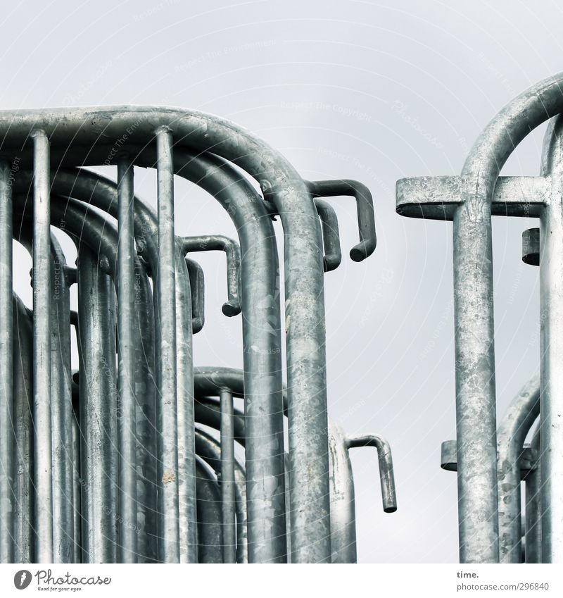 Sicherheitslager Gitter sichererheitszaun Zaun Barriere Absperrgitter Öse Schlaufe verzinkt Metall glänzend grau silber anstrengen Genauigkeit