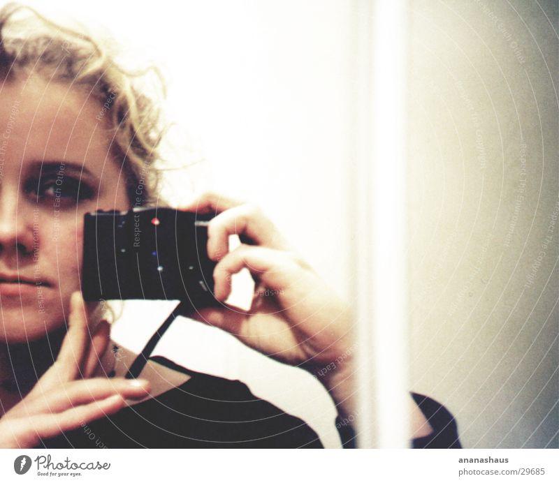 spiegel Frau feminin hell Lomografie Spiegel
