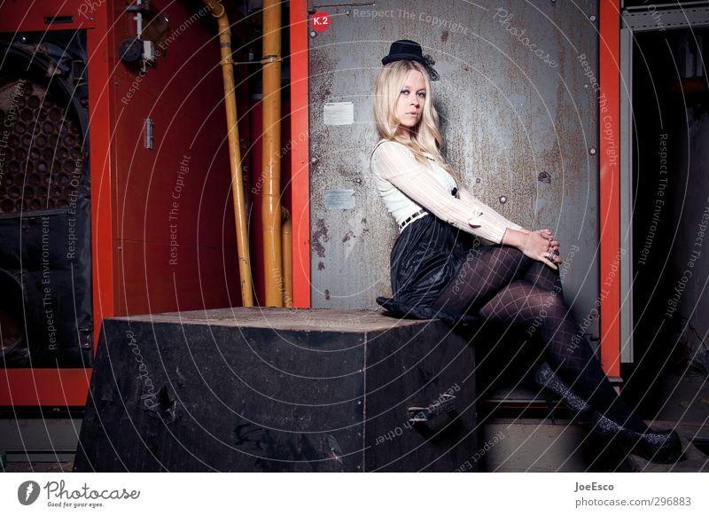 #255698 Mensch Frau Jugendliche schön Erwachsene 18-30 Jahre Stil Feste & Feiern Party Mode Raum blond sitzen elegant Lifestyle Häusliches Leben