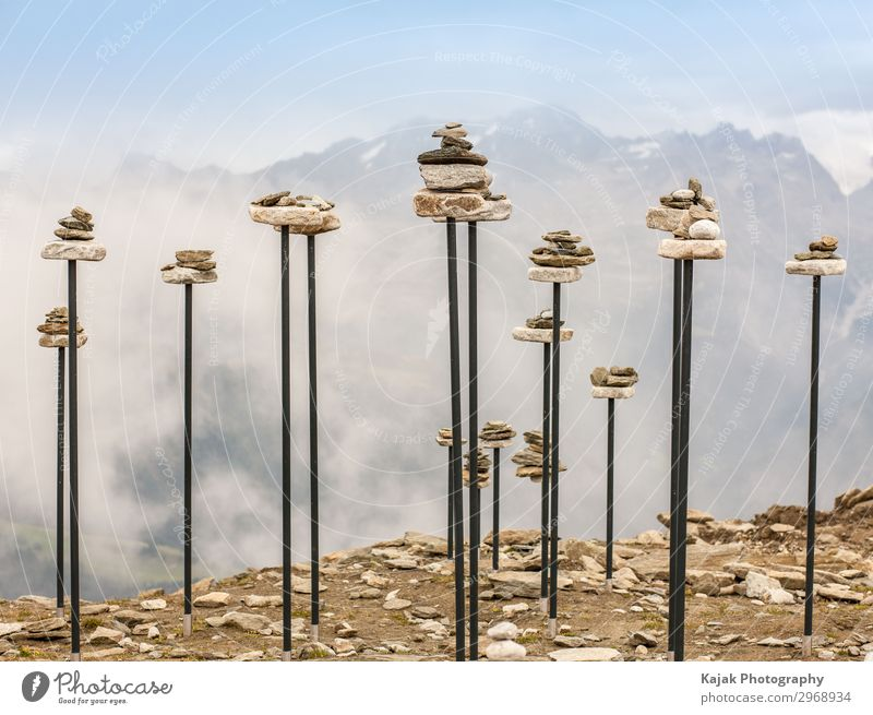 Meditation in den Bergen harmonisch Wohlgefühl Zufriedenheit Erholung ruhig Freizeit & Hobby Berge u. Gebirge wandern Kunstwerk Natur Landschaft Schönes Wetter