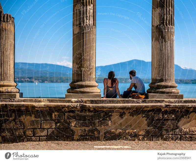 Ein verliebtes Pärchen am Genfer See Freude Glück ruhig Freizeit & Hobby Ferien & Urlaub & Reisen Ausflug Freiheit Sommerurlaub Mensch maskulin feminin Frau