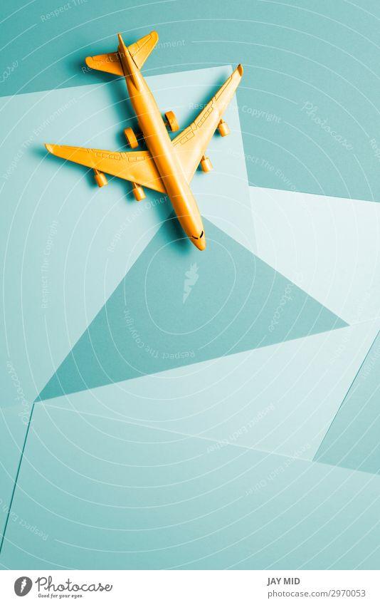 Orangefarbenes Passagierflugzeug, Reise minimale Idee Design Leben Ferien & Urlaub & Reisen Tourismus Ausflug Abenteuer Freiheit Expedition Sommer Meer Business