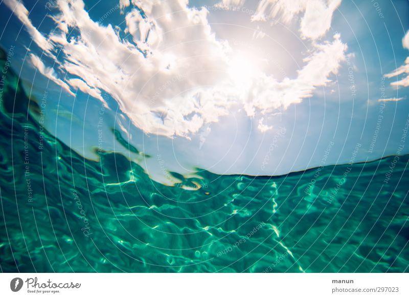 elementar Natur Urelemente Wasser Himmel Wolken Sonne Klima Schönes Wetter Wärme Wellen Meer Unendlichkeit positiv Zufriedenheit Erholung erleben Freiheit Leben