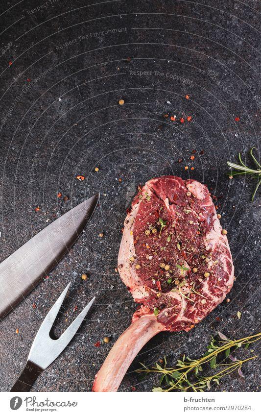 Lust auf Fleisch Lebensmittel Ernährung Büffet Brunch Bioprodukte Grill Stein Arbeit & Erwerbstätigkeit wählen frisch Gesundheit Steak roh Rindfleisch