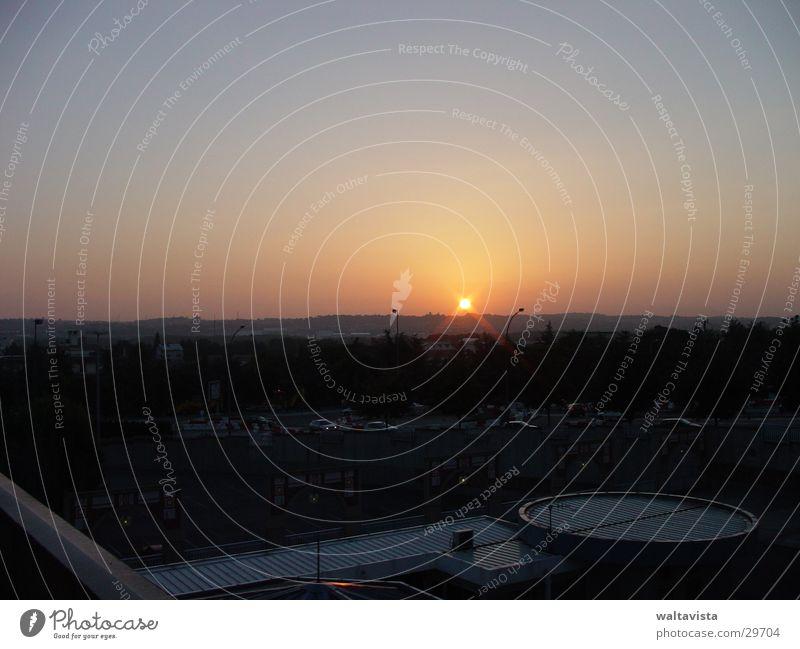 sunrise Sonnenaufgang Stadt Sonnenuntergang Europa toulouse Landschaft Morgen Abend