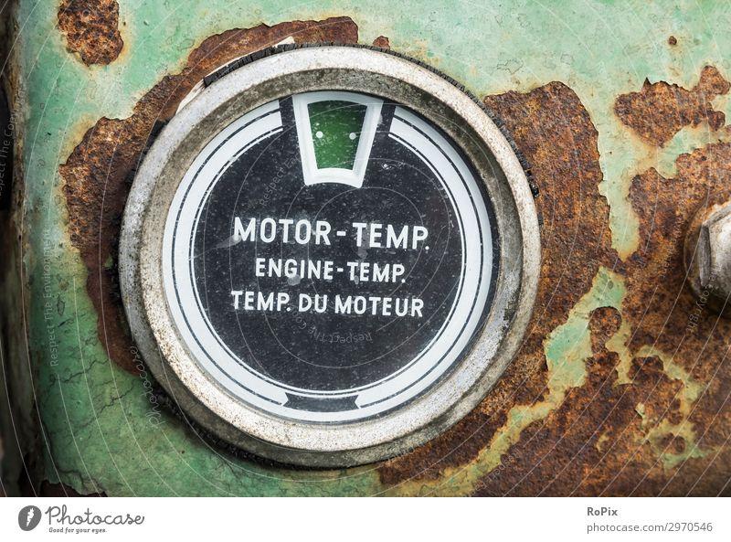 Motortemperatur Arbeit & Erwerbstätigkeit Arbeitsplatz Fabrik Wirtschaft Landwirtschaft Forstwirtschaft Industrie Baustelle Maschine Baumaschine Messinstrument