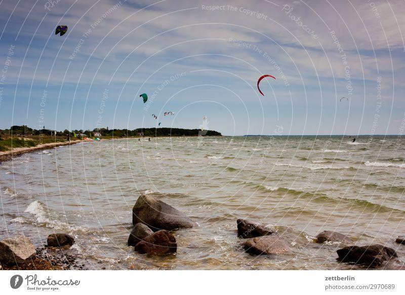 Kite-Schule Himmel Ferien & Urlaub & Reisen Natur Himmel (Jenseits) Meer Wolken Reisefotografie Ferne Strand Küste Tourismus Stein Sand Horizont Insel