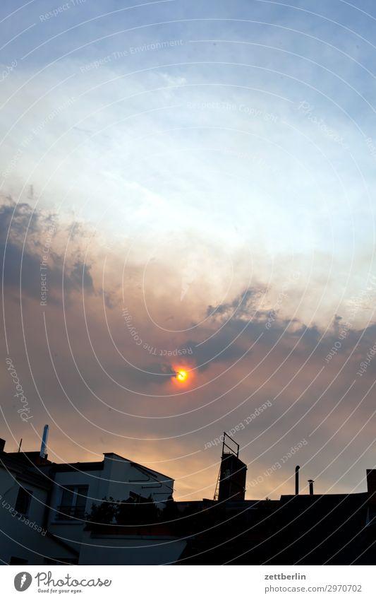 Waldbrand in Berlin Sonne Nebel Dunst Kohlendioxid Feinstaub dystopie Dämmerung Himmel Himmel (Jenseits) Luftverschmutzung Rauch Abgas Smog Sonnenuntergang