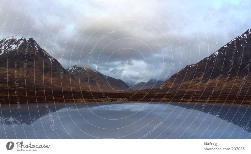 Wer braucht schon Sonne Himmel Natur Wasser Einsamkeit Wolken ruhig Berge u. Gebirge Leben grau Schwimmen & Baden Luft braun Felsen Wetter authentisch wandern