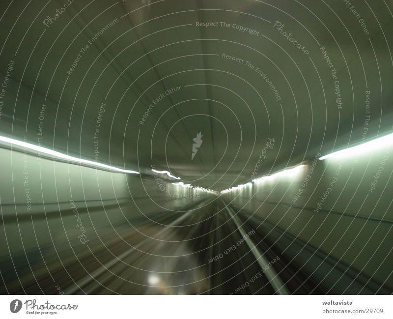 metro 1 Fenster Verkehr Gleise U-Bahn Frankreich Neonlicht