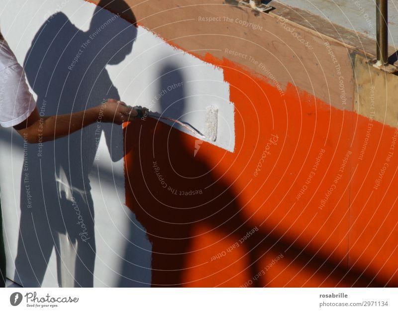 neuer Anstrich | Immer an der Wand lang Renovieren Arbeit & Erwerbstätigkeit Beruf Anstreicher Arbeitsplatz Mensch Mann Erwachsene Maler Strukturen & Formen