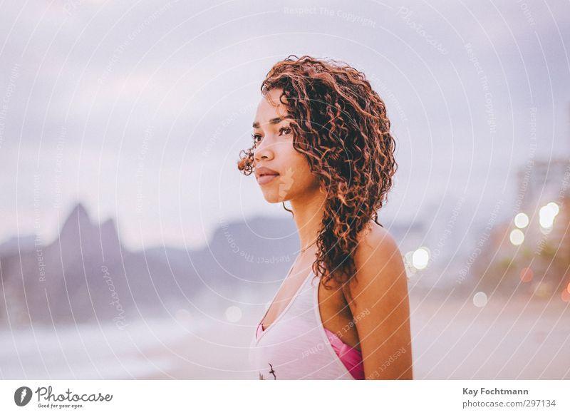 ° elegant Stil exotisch schön Haare & Frisuren Ferne Freiheit Städtereise Sommer Sommerurlaub Strand Meer feminin Junge Frau Jugendliche 1 Mensch 18-30 Jahre