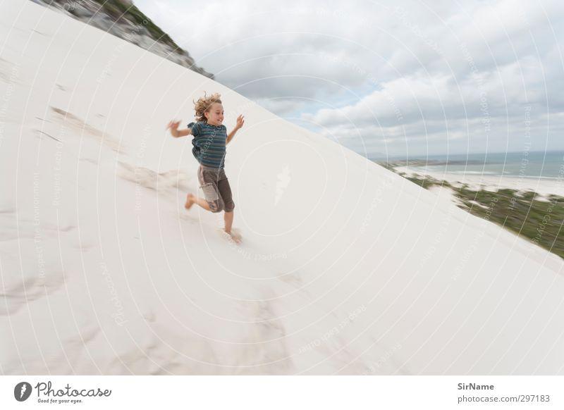 231 [running free] Kinderspiel Ferien & Urlaub & Reisen Abenteuer Ferne Freiheit Strand Junge Kindheit Leben Mensch 8-13 Jahre Natur Landschaft Sand Wolken