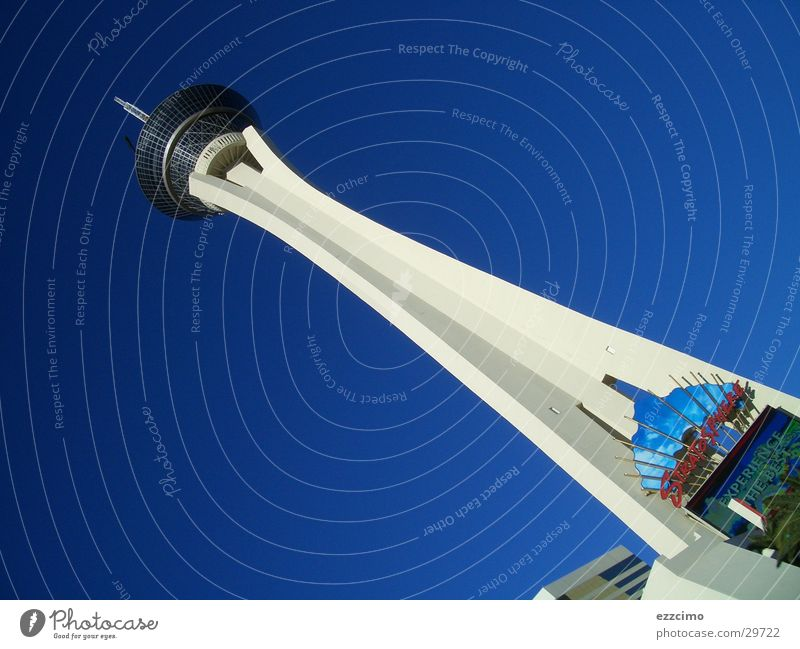 stratosphere tower blau hoch USA Turm Amerika Nevada Nordamerika Las Vegas