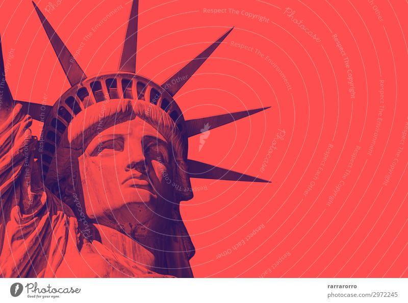die Freiheitsstatue mit rotem Duo-Ton-Effekt Gesicht Ferien & Urlaub & Reisen Tourismus Sommer Insel Landschaft Wolken Architektur Denkmal alt historisch neu