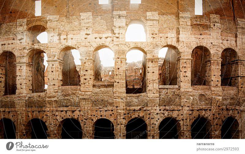 Römisches Kolosseum bei Sonnenuntergang Lifestyle Ferien & Urlaub & Reisen Tourismus Sightseeing Sommer Stadion Theater Kultur Ruine Gebäude Architektur Denkmal