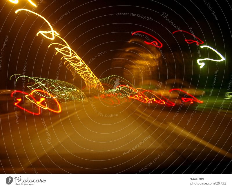 Autobahn #2 Verkehr Mobilität Belichtung Licht Nacht fahren Unschärfe Neigung