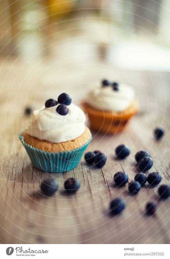 blueberry days Teigwaren Backwaren Kuchen Dessert Süßwaren Ernährung Picknick Fingerfood lecker süß Muffin Cupcake Blaubeeren Farbfoto Innenaufnahme