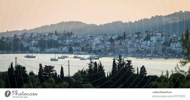 Skiathos in der Morgendämmerung Ferien & Urlaub & Reisen Tourismus Sommer Sommerurlaub Meer Insel Wassersport Sonnenaufgang Sonnenuntergang Küste Griechenland