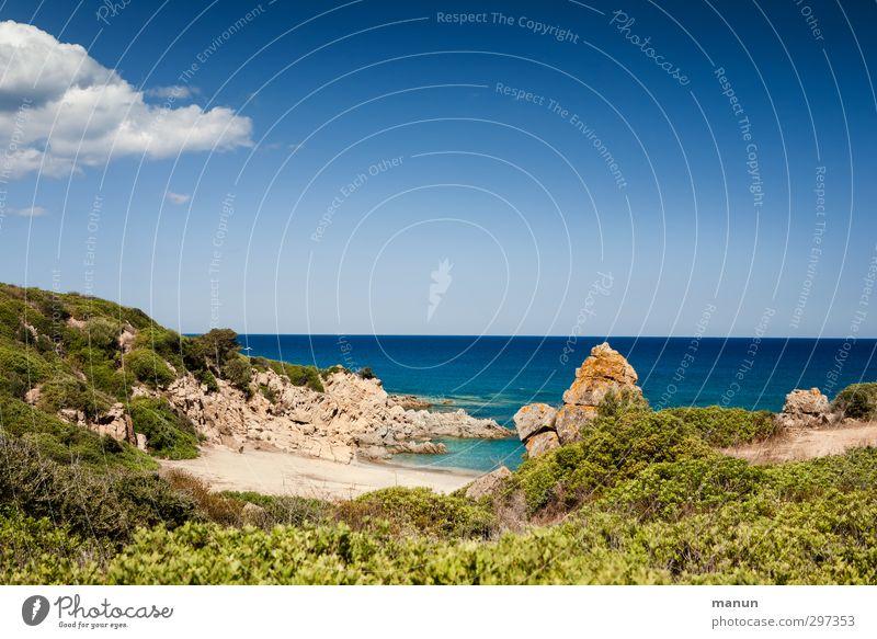 Einbuchtung Himmel Natur Ferien & Urlaub & Reisen Wasser Sommer Meer Landschaft Strand Ferne Wärme Küste Sand Luft Felsen Erde Insel