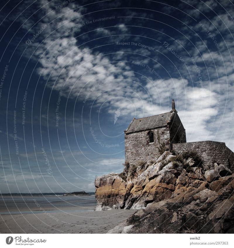 Kapelle mit Meerblick Himmel Natur Ferien & Urlaub & Reisen alt Landschaft Wolken Strand Umwelt Ferne Freiheit Architektur Religion & Glaube Gebäude Stein