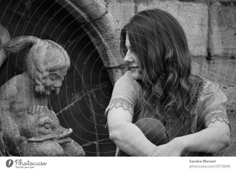 Träume... schön Bildung Erwachsenenbildung feminin Junge Frau Jugendliche 1 Mensch 18-30 Jahre Kunst Skulptur Architektur dankbar Gelassenheit ruhig Erholung