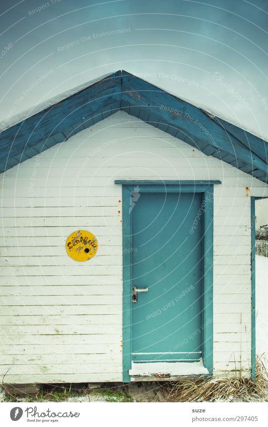 Strandhütte Himmel Natur blau Ferien & Urlaub & Reisen alt weiß Einsamkeit Winter Umwelt kalt Holz klein Wetter Fassade Tür Freizeit & Hobby