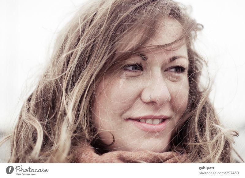 Rømø | Nordseewind Mensch feminin Junge Frau Jugendliche Erwachsene Kopf 1 30-45 Jahre Lächeln blond natürlich schön Lebensfreude Gedeckte Farben Außenaufnahme