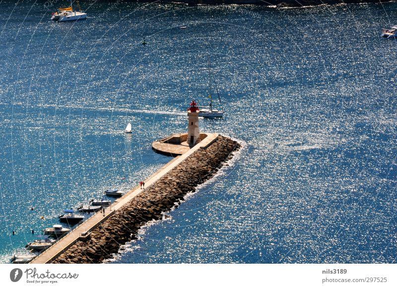 Hafen von Santa Ponsa Wasser Sommer Schönes Wetter Küste Bucht Meer Hafenstadt Menschenleer Leuchtturm Schifffahrt Segelboot Stein Wärme blau Hafen Mallorca