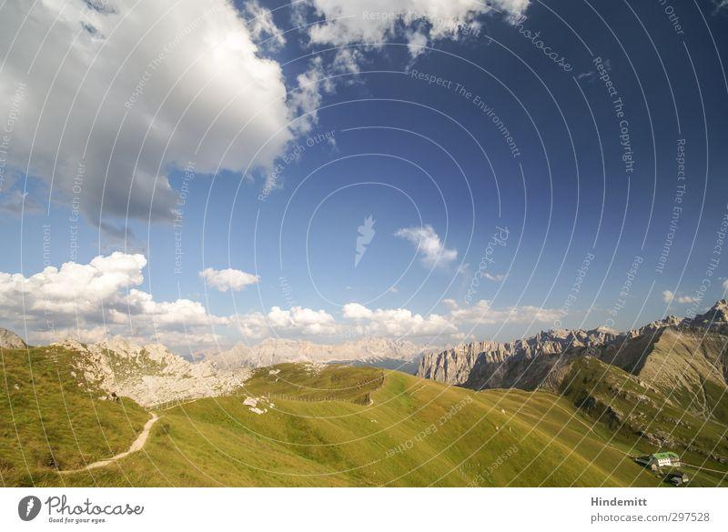 Geisler und Fanes Himmel Natur blau grün Sommer Landschaft Wolken Erholung Umwelt Ferne Berge u. Gebirge Wiese Herbst Horizont braun Felsen