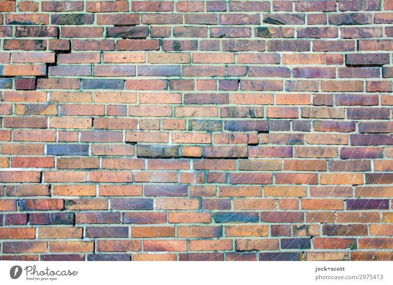 klingende Ziegeln Mauer Backstein authentisch eckig fest viele standhaft ästhetisch Ordnung Qualität Schutz Verschiedenheit Reparatur verwittert Zahn der Zeit