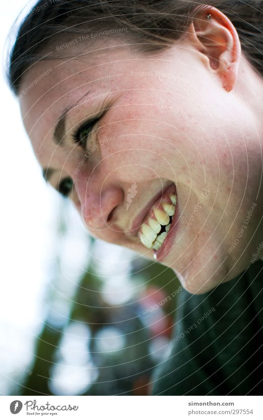 Freude Mensch Jugendliche Freude Erholung Gesicht Erwachsene Liebe Leben Erotik feminin Gefühle lustig 18-30 Jahre Glück Freundschaft natürlich