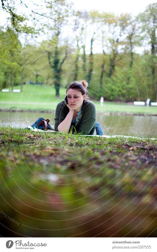 Park Mensch Natur Jugendliche Ferien & Urlaub & Reisen Einsamkeit Landschaft ruhig Erholung Erwachsene feminin 18-30 Jahre See Garten Freizeit & Hobby