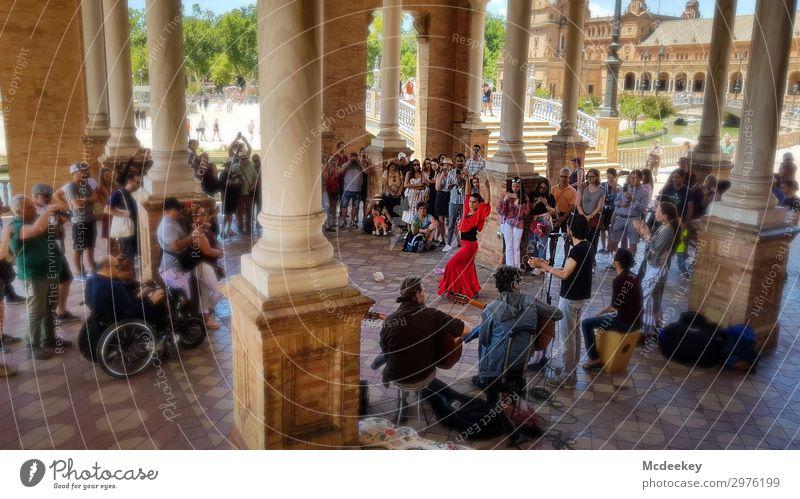 Flamenco - Plaza de España (Sevilla) Mensch Frau Erwachsene Menschenmenge Andalusien Spanien Europa Stadt Stadtzentrum Altstadt bevölkert Park Platz Bauwerk